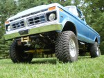 1977 Ford F250 Front Corner
